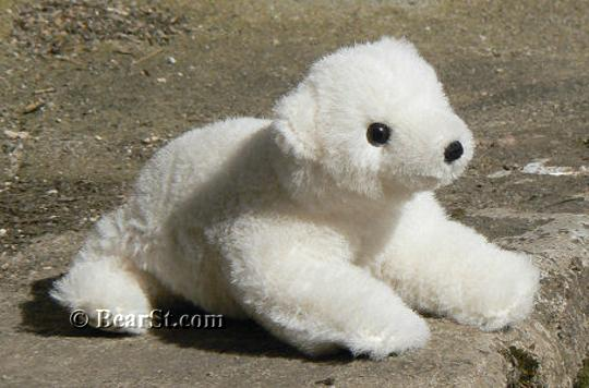 Limited Edition Polar Bear Cub 'Nurri'